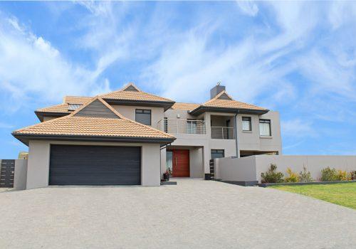Large-Balugha-Home